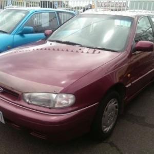 1994 Hyundai Lantra GL Sedan