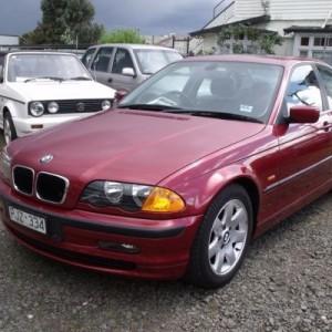 1998 BMW 323i Sedan