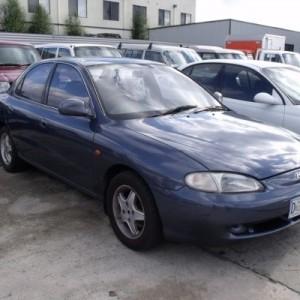 1996 Hyundai Lantra GLS Sedan.