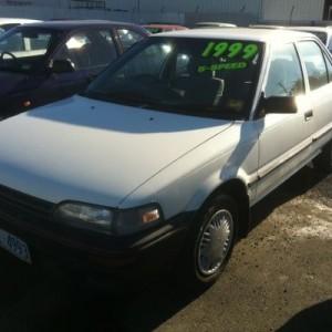 1990 Holden Nova SLX Sedan