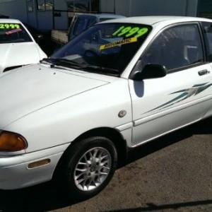 1994 Ford Festiva Trio Hatchback
