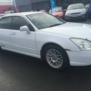 2003 Mitsubishi Magna