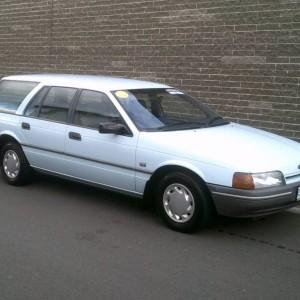 1989 FORD FALCON WAGON AUTO