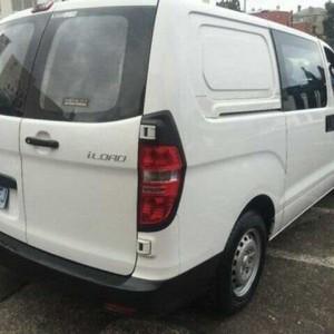2009 Hyundai iLOAD TQ-V Crew Cab Ceramic White 5 Speed Manual Van