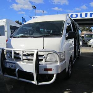 2011 Toyota Hiace Commuter Bus – High Roof LWB – 14 Seats
