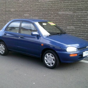 1993 MAZDA 121