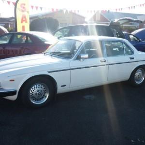 1985 Jaguar XJ12 Sedan
