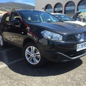 2013 Nissan Dualis J10W Series 3 MY12 ST Hatch X-tronic 2WD Black 6 Speed Constant Variable Hatchbac