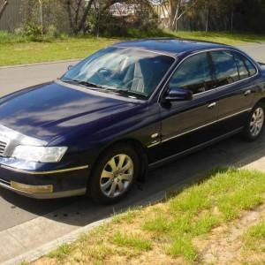 2004 Holden wk Statesman Sedan