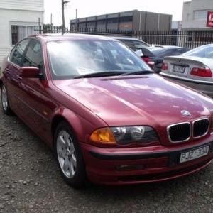 BMW 323i Sedan 1998
