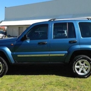 '06 Jeep Cherokee Limited Auto with NO DEPOSIT FINANCE!*