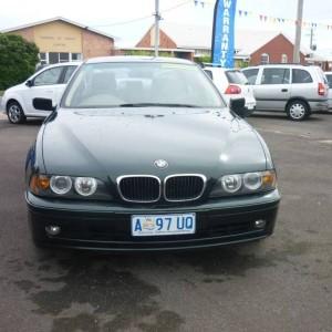BMW 525i auto Sedan.