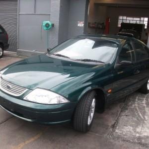 2000 Ford Fairmont Green