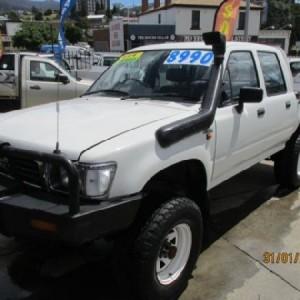 Toyota Hilux DX Dual Cab 4×4 Utility 1995