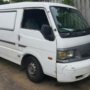 2002 Mazda E2000 SH92 (SWB) White 5 Speed Manual Van