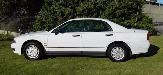 '01 Mitsubishi Magna Auto Sedan under $3k!