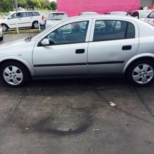 2004 HOLDEN ASTRA CD SEDAN