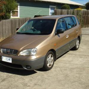 2001 Kia Carens Wagon