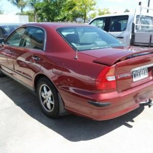 1999 Mitsubishi Magna Advance Sedan