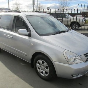 2006 KIA GRAND CARNIVAL VQ PEOPLE MOVER Auto 6 cyl 2WD