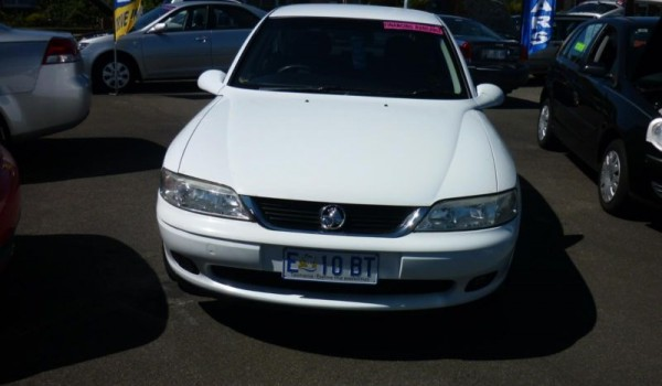 2000 Holden Vectra Auto Hatchback