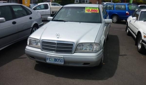 1996 Mercedes-Benz C180 Auto Sedan With 1 Year warranty Free.