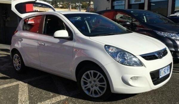 2012 Hyundai i20 White Automatic Hatchback