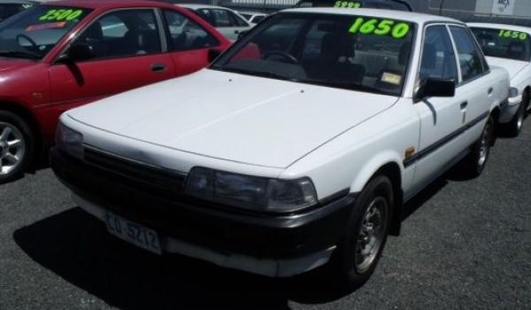 1989 Toyota Camry Executive Sedan