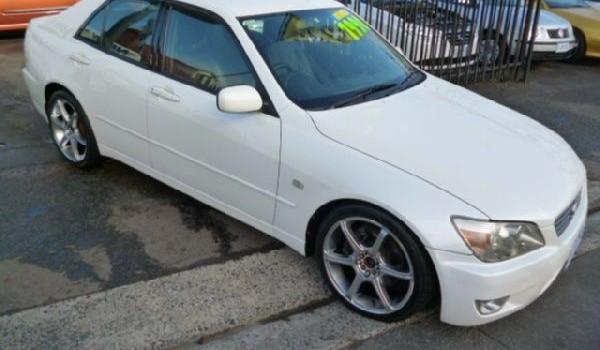 1999 Lexus IS200 Sports Luxury Sedan
