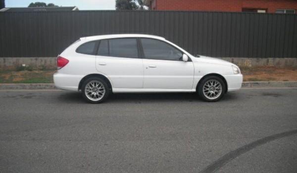 2004 Kia Rio BC White 5 Speed Manual Hatchback