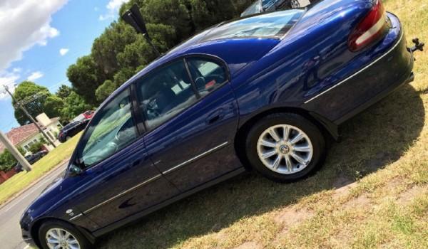 2000 Holden Commodore Sedan