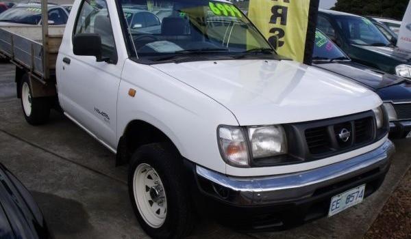 2000 Nissan Navara DX Flat Tray