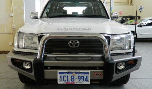 '03 Toyota LandCruiser SAHARA Turbo DIESEL w NO DEPOSIT FINANCE!*