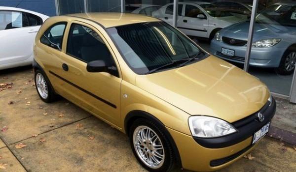 2002 Holden Barina XC Gold 5 Speed Manual Hatchback