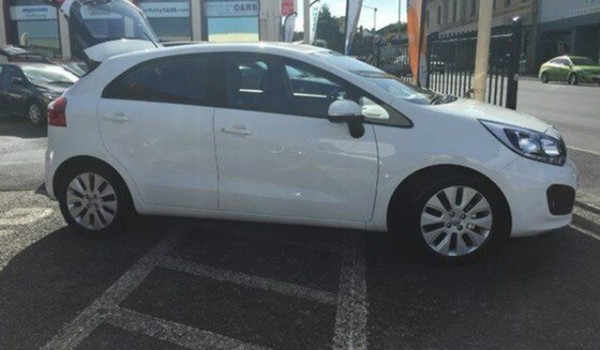 2012 Kia Rio Clear White Automatic Hatchback