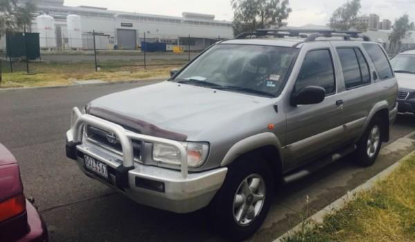 2000 Nissan Pathfinder..TI..dual fuel(GAS)…long reg