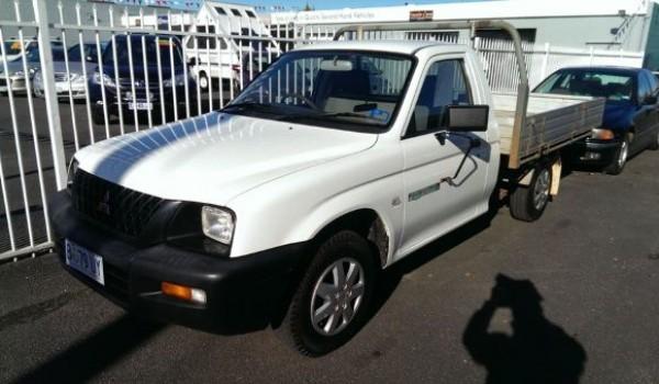 2002 Mitsubishi Triton GL Flat Tray (MY2002)