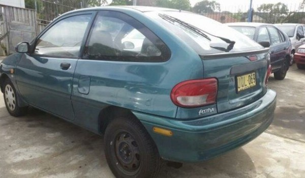 1997 Ford Festiva WD Trio Green 3 Speed Automatic Hatchback