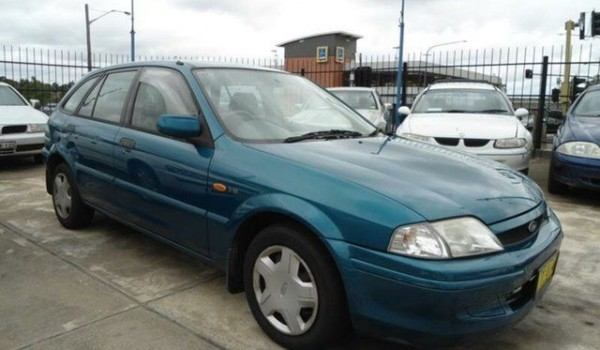 2000 Ford Laser KN LXI Green 5 Speed Manual Hatchback