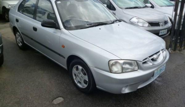 2002 Hyundai Accent Hatchback