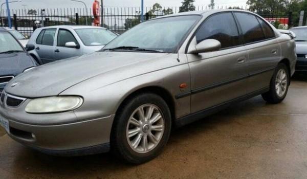1998 Holden Commodore VT Acclaim Gold 4 Speed Automatic Sedan