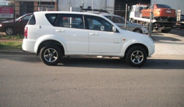 2003 Ssangyong Rexton Y200 RX290 Sport White 5 Speed Manual Wagon