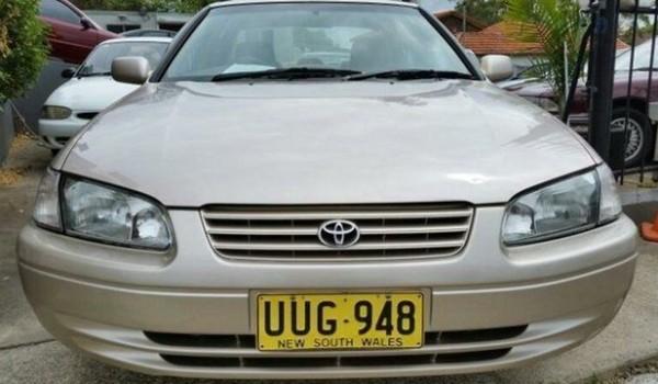 1998 Toyota Camry SXV20R CS-X Gold 4 Speed Automatic Sedan