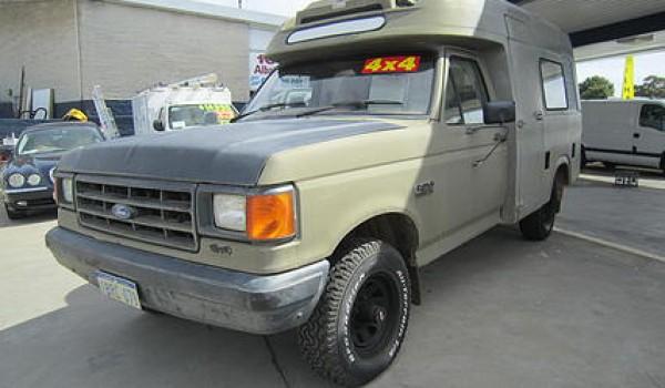 1991 Ford F 150 Ex-RAAF Ambulance