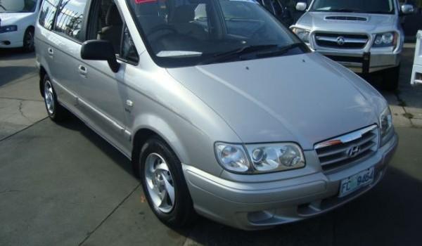 2004 Hyundai Trajet