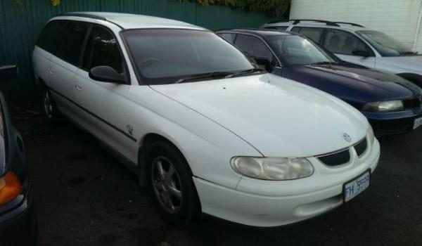 1999 Holden Commodore VT II Executive Wagon.