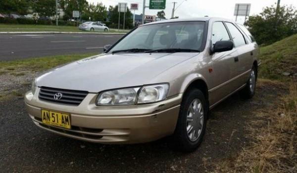 1998 Toyota Camry MCV20R CSI Gold 4 Speed Automatic Wagon