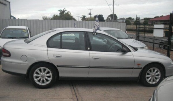 2000 Holden Commodore Vtii Olympic Edition Silver 4 Speed Automatic Sedan