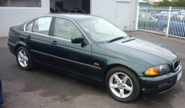 2001 BMW 320I Auto Sedan.